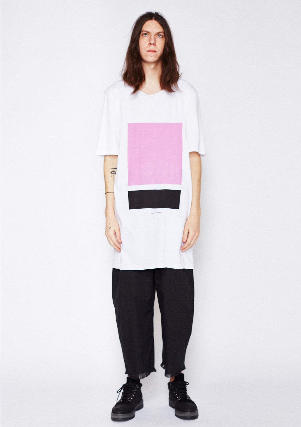 Split box Tee - Black, Pink