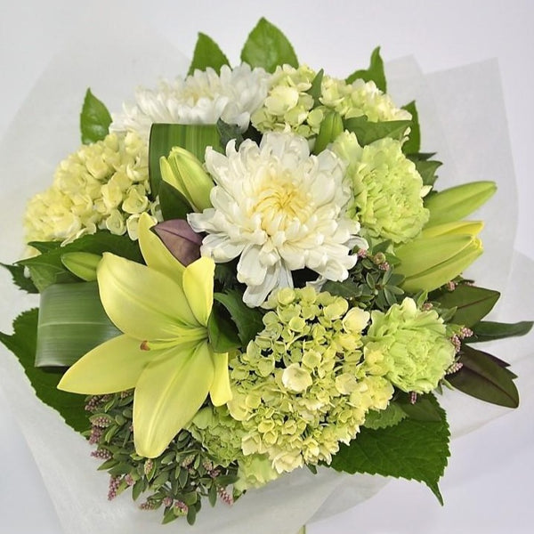 Florist Choice: Monochromatic Bouquet or Waterbox