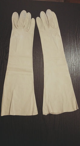 "Vintage Leather Gloves 15"" Length in Beige Kidskin Gloves - Midcentury Vintage"
