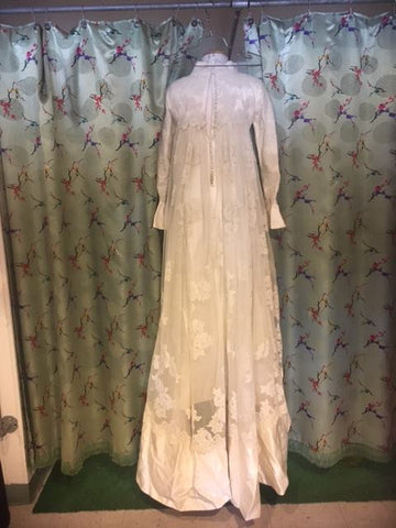 Vintage 1960s Priscilla Kidder Wedding Gown and Veil