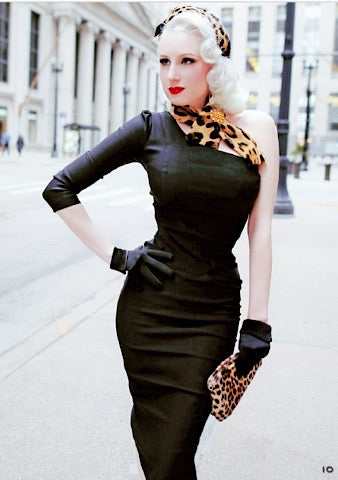1940s Inspired Bombshell Mademoiselle in Black