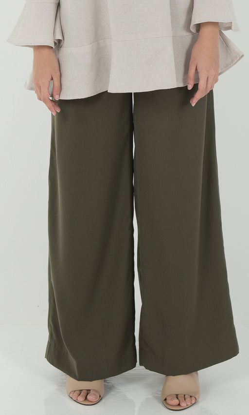 Wide Legged Pants in Green - RoseValley