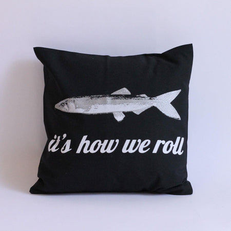 Fighting Newfoundlander Pillow Cover