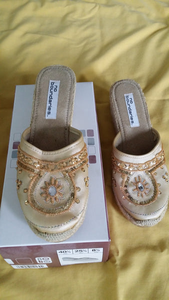 No Boundaries Gold Sequinned Slip On Wedges Size 8 1/2