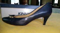 Calico Brand Navy Leather Pumps Gold Embellishment Size 6 1/2 M Pre-owned