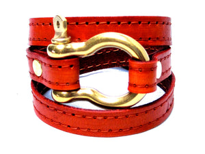A customer review of the Signature Gold Shackle Wraparound Bracelet Orange