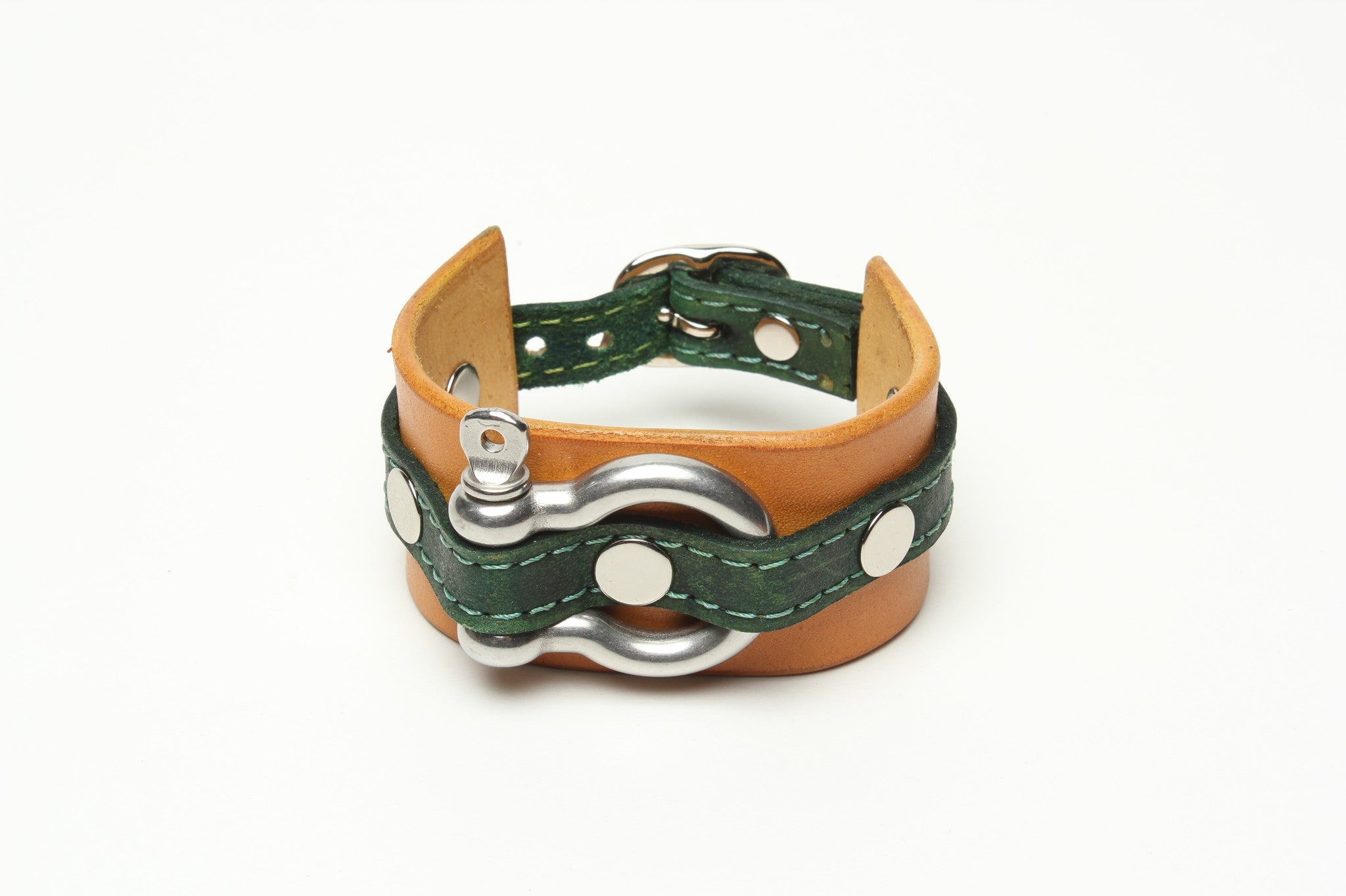 LATIGO LEATHER CUFF WITH ANCHOR SHACKLE bicolor by nyet jewelry.