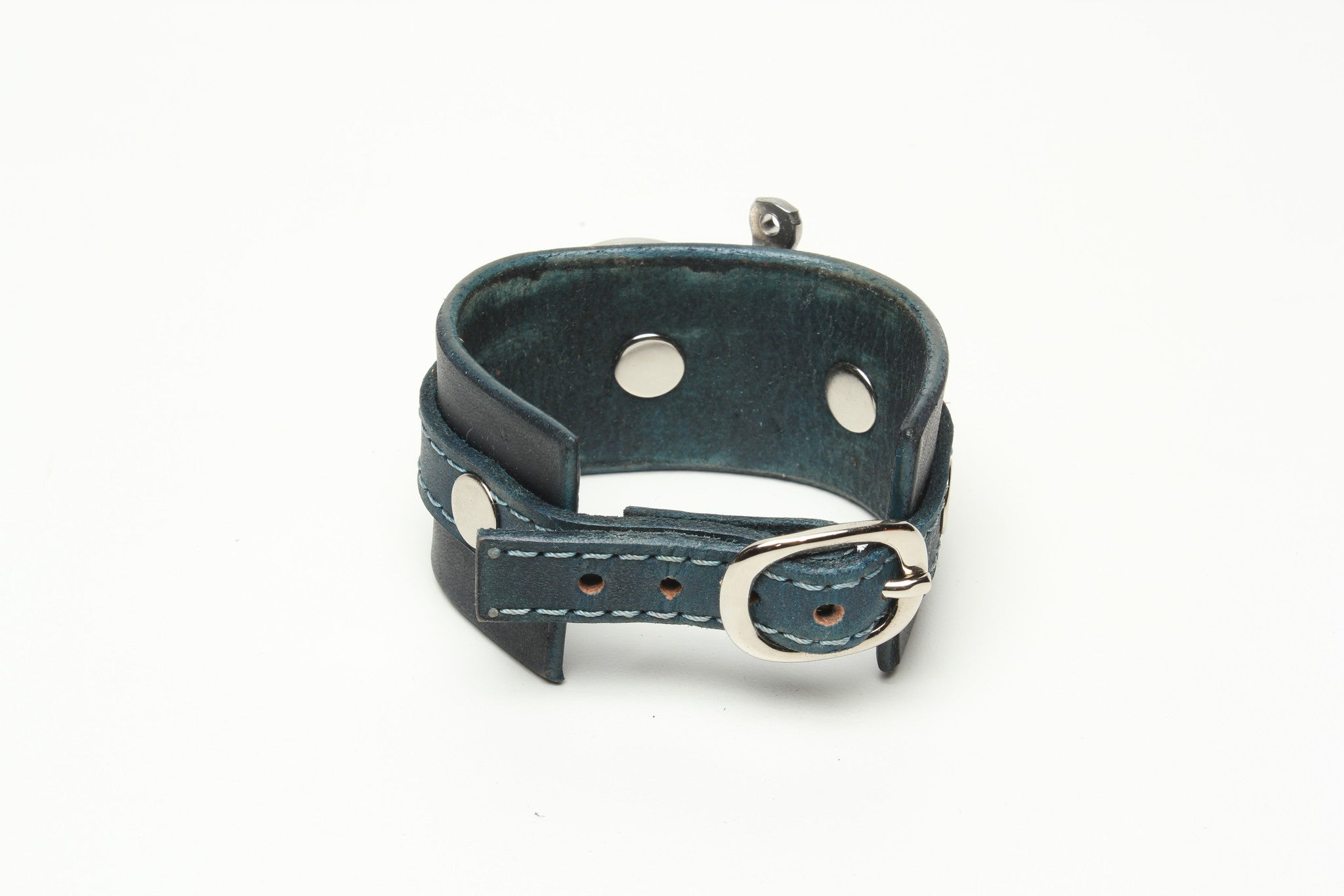 LATIGO LEATHER CUFF WITH ANCHOR SHACKLE denim blue by nyet jewelry.