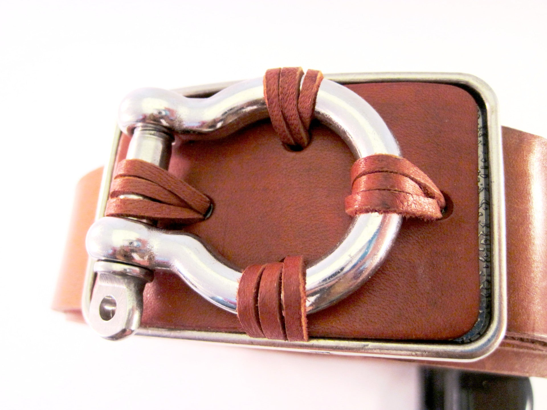 Sailor belt by NYET Jewelry.