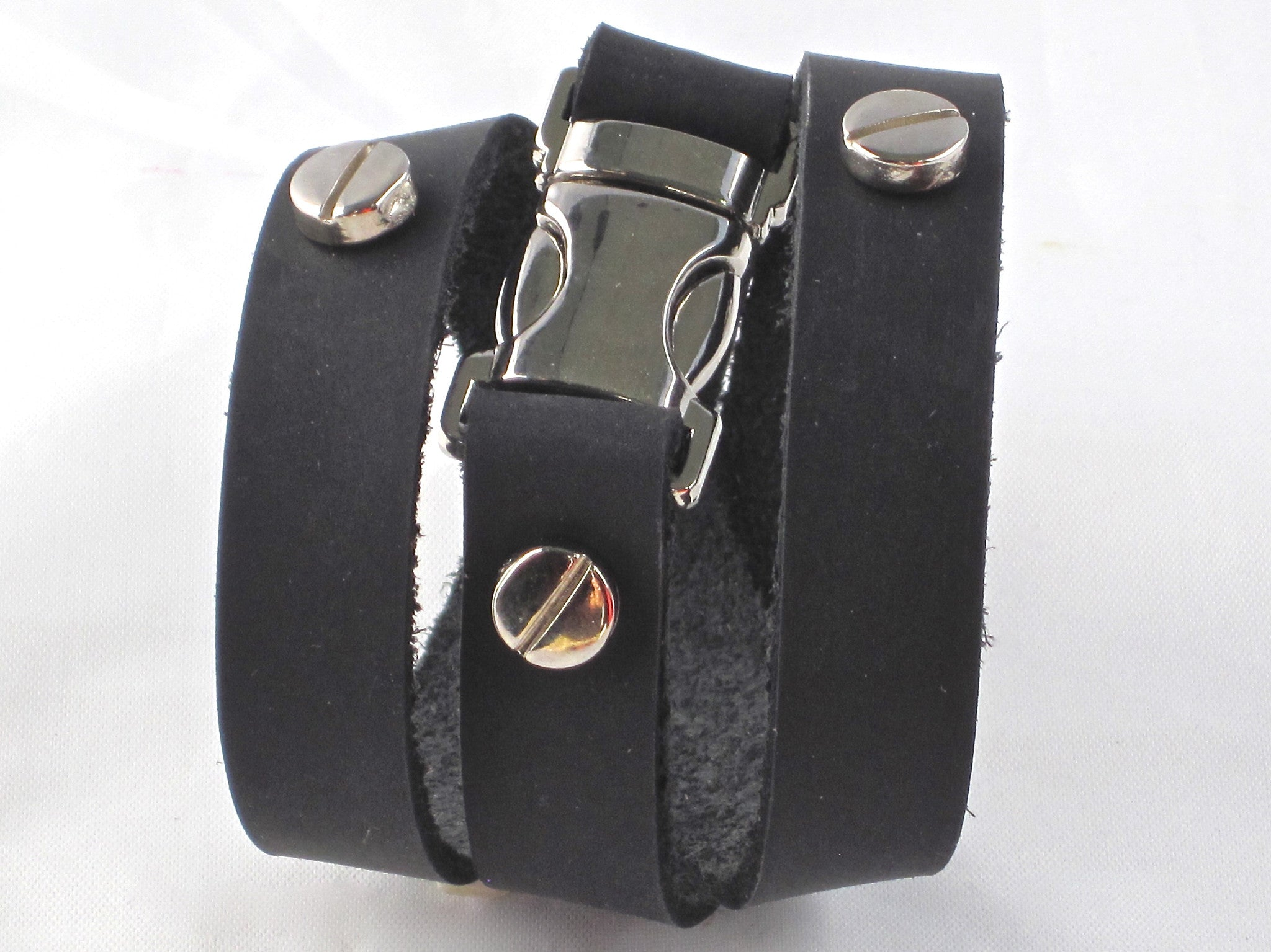Quicksnap triple leather wraparound bracelet black by NYET jewelry