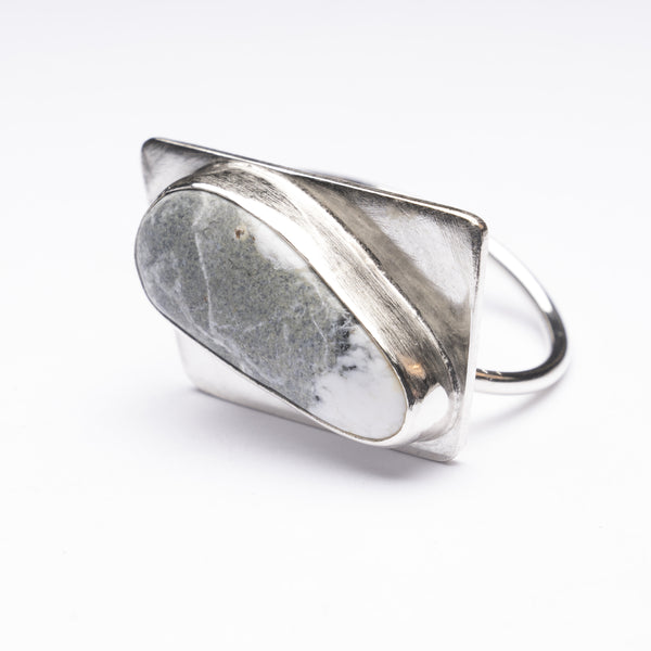 Arrows Buffalo Turquoise Ring