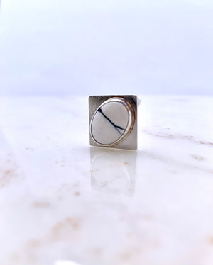 WHITE BUFF SQUARE RING