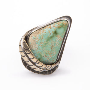 LARGE TURQUOISE FEATHER RING