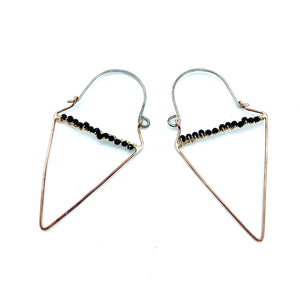 TRAVELER TRIANGLE EARRINGS