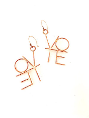 VOTE SMALL EARRINGS