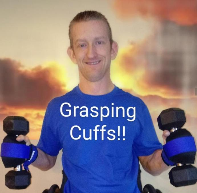Grasping cuff for weightliftng