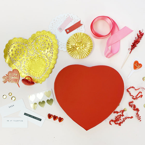 Happy Heart Gift Wrap Kit, Red