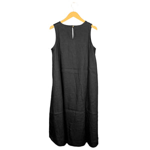.Black Sleeveless Linen Dress