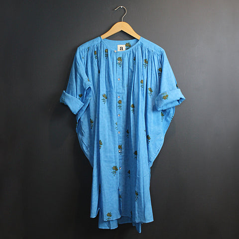 .Blue Capri Tunic
