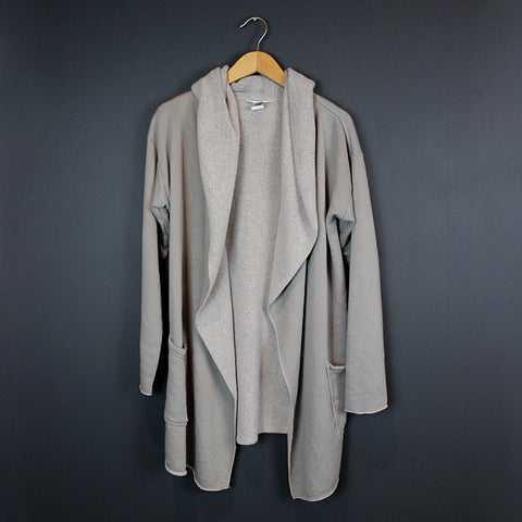 .Grey Cardigan Wrap