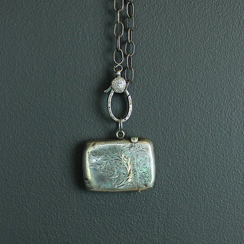 .Silver Vintage Match Holder Necklace