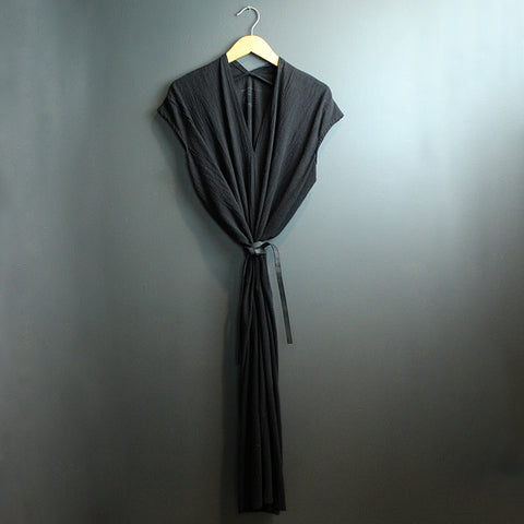 .Black Cotton Knot Dress