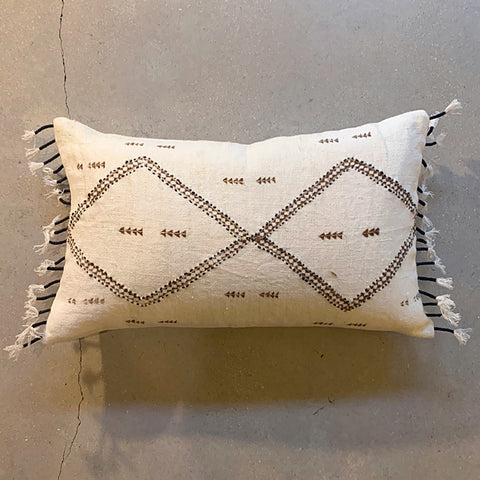 ".Cream Diamond Pillow - 22"" x 13"""