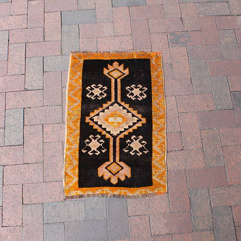 ".Multi Colored Handwoven Small Turkish Rug - 1' 8"" x 2' 7"""