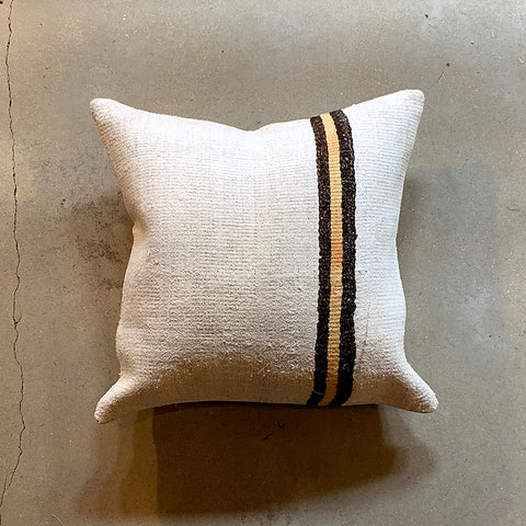 ".Cream Vintage Pillow - 19.5"" x 19.5"""