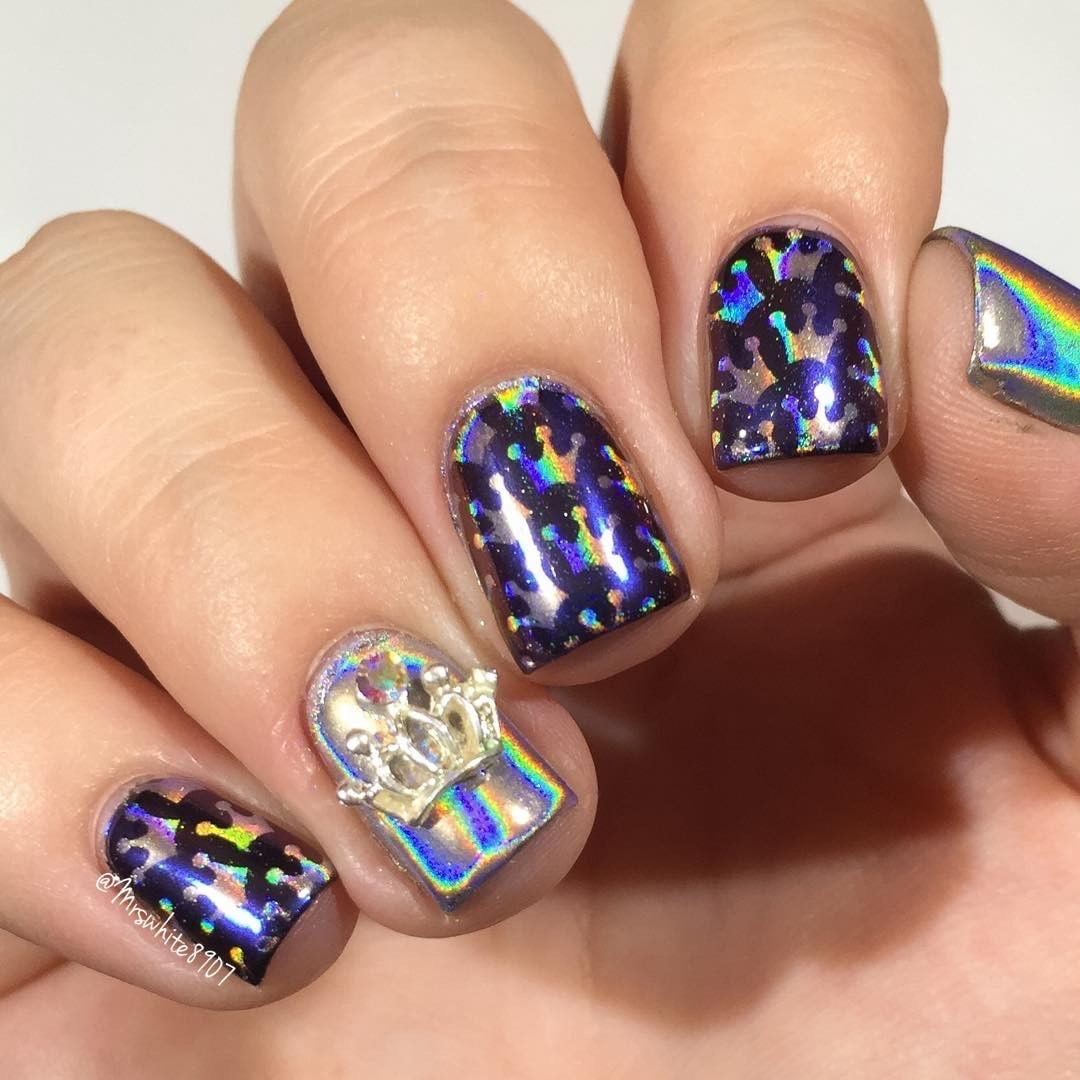 how to clean up holographic nail powder
