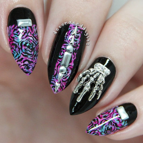 Daily Charme - Skeleton Hand / Silver