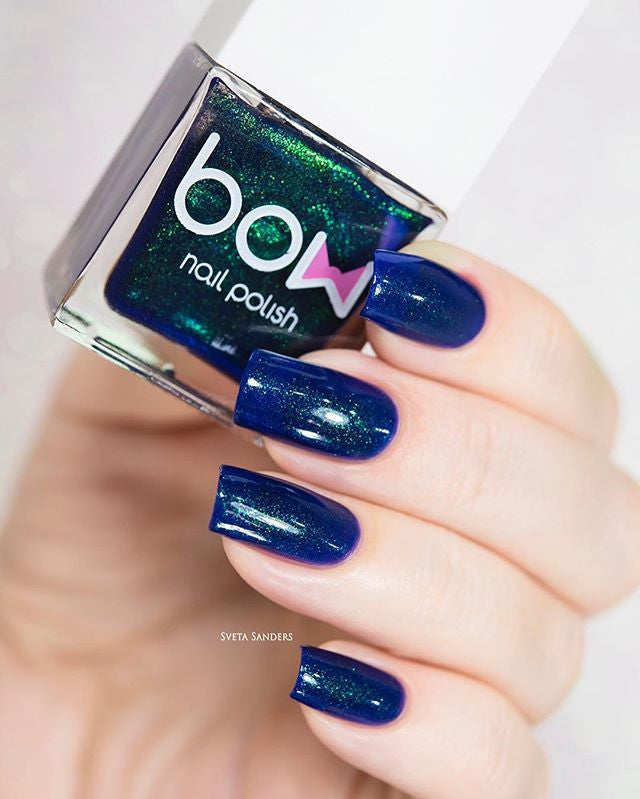 Bow Nail Polish - Dating an Alien