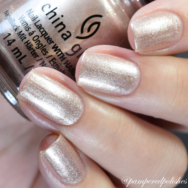China Glaze - Girl On The Glo
