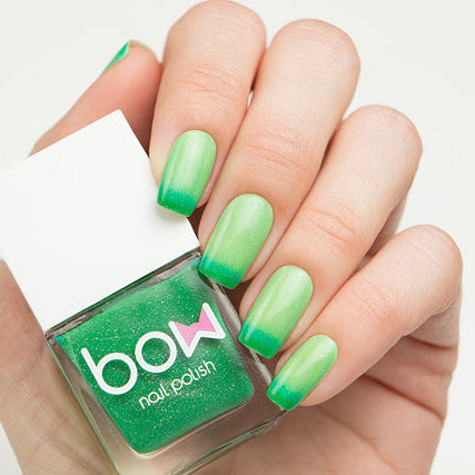 Bow Nail Polish - Thermo Top Coat Green