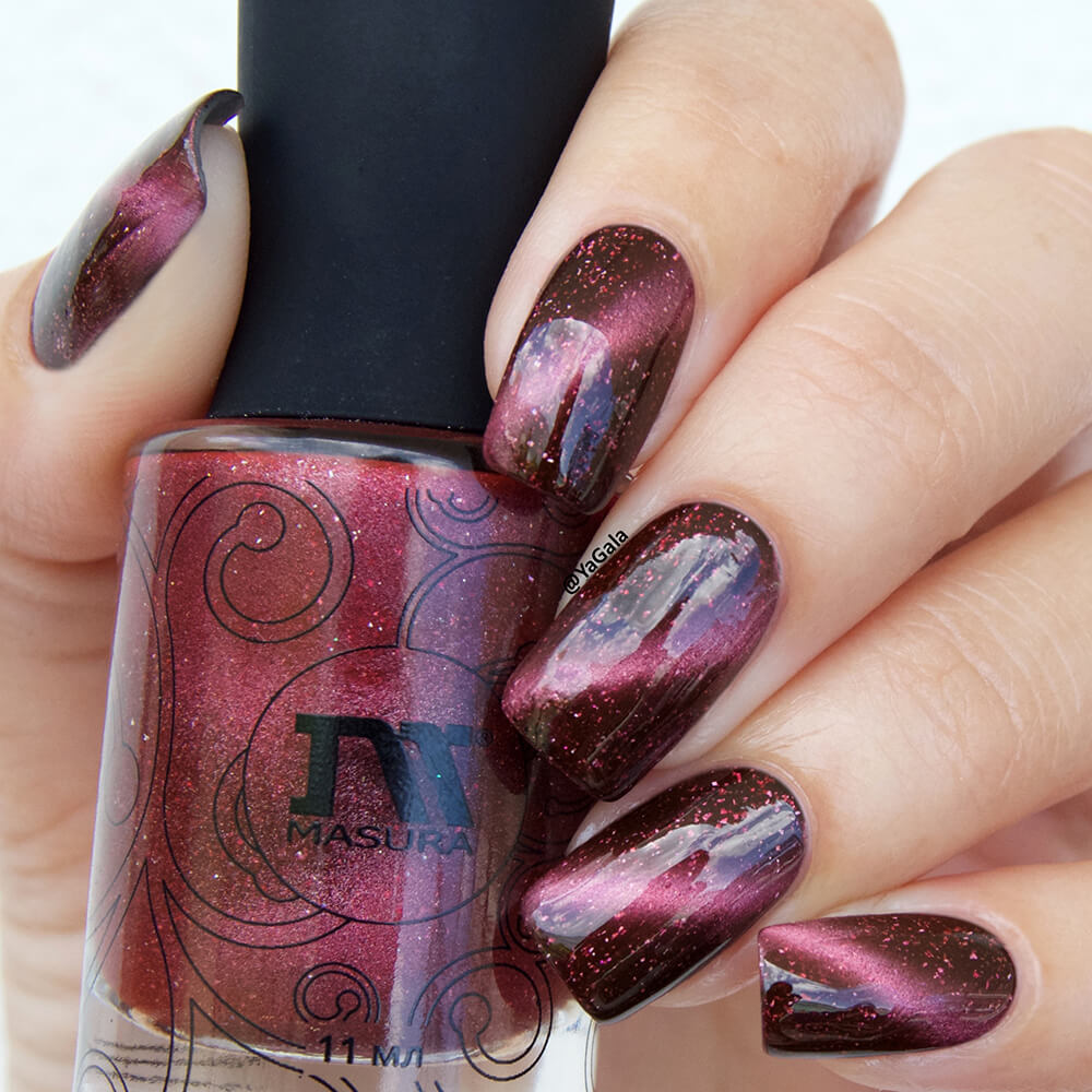 Masura - The Red Square Nebula (Magnetic) | Whats Up Nails