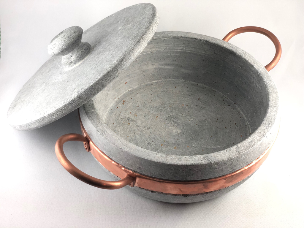 Stone pan - lid included 1lt