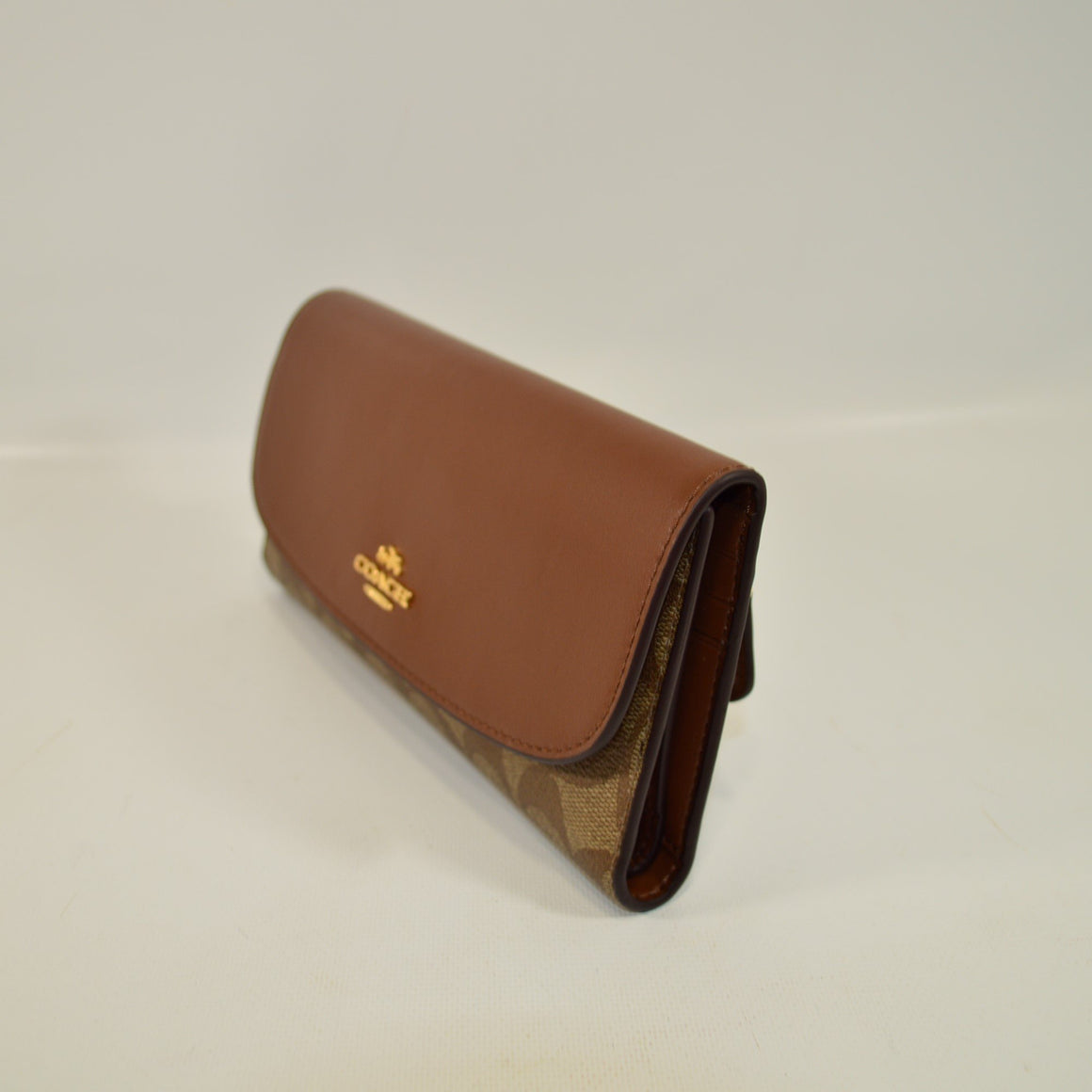 Checkbook Wallet In Signature (Coach F57319)