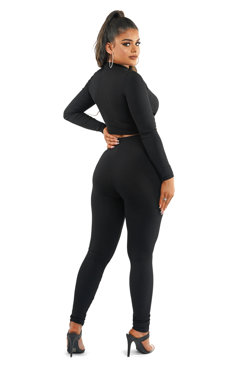 Black Front Twist Rib Knit Pants Set