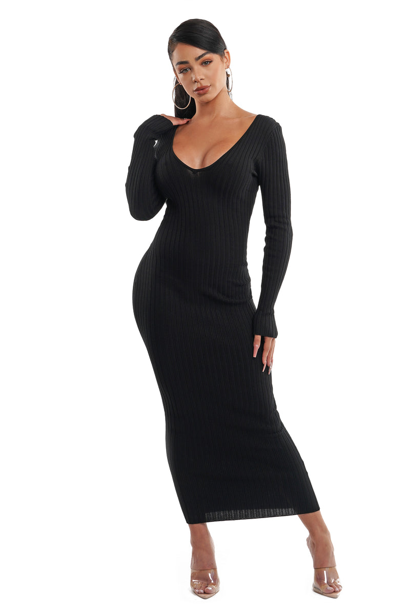 Black Long Sleeve Knit Maxi Dress