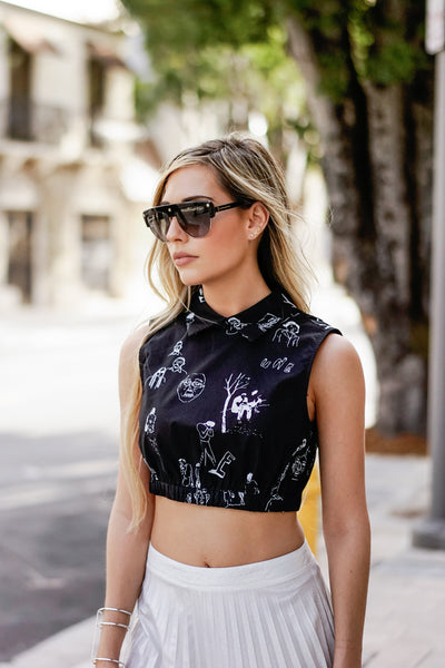 Collar Graphic Print Crop Top