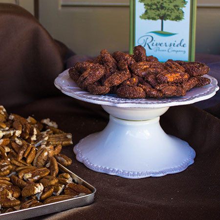 Chocolate Espresso Pecans - 22 Oz Tin