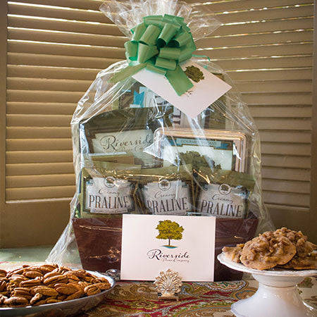 Southern Deluxe Pecan Gift Basket