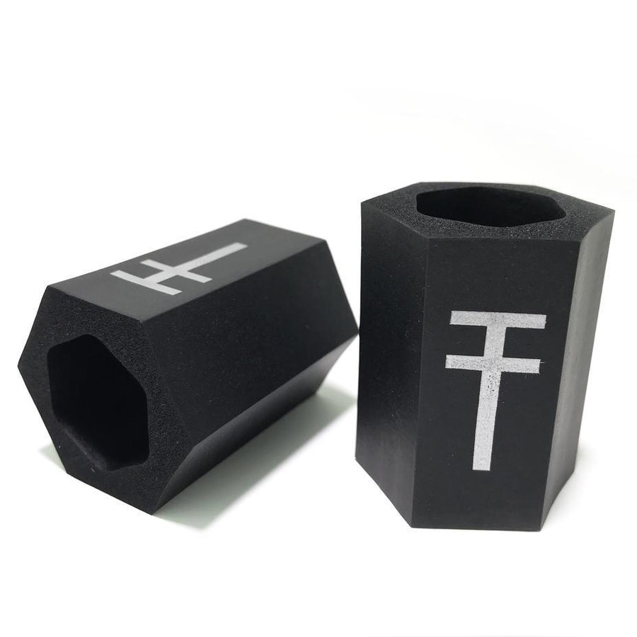 Available at True Tattoo Supply. Hexagrips Memory Foam Grip True Tattoo Supply Durb Morrison Disposable Equipment
