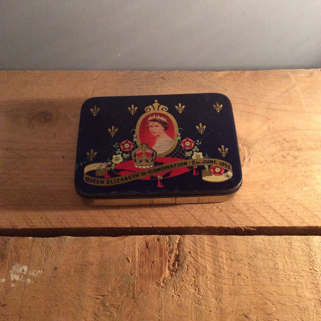 Vintage Queen Elizabeth 1953 Coronation Tin