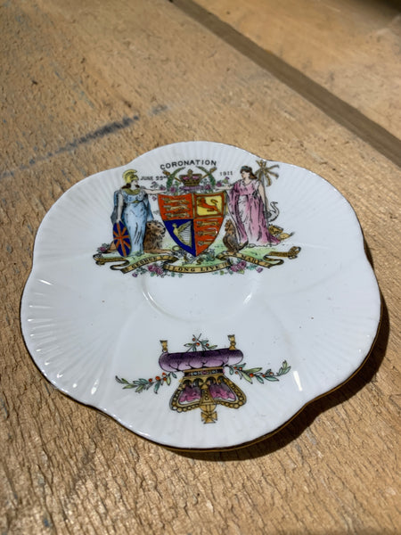 Commemorative saucer George V 1911