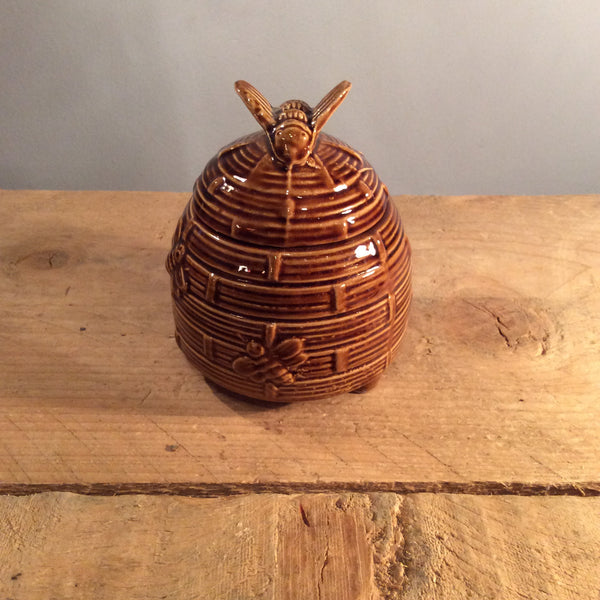 Vintage Honey Pot 03