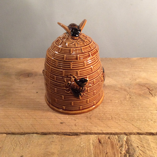 Vintage Honey Pot 02