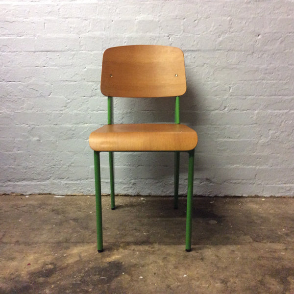 Showroom - The School Chair