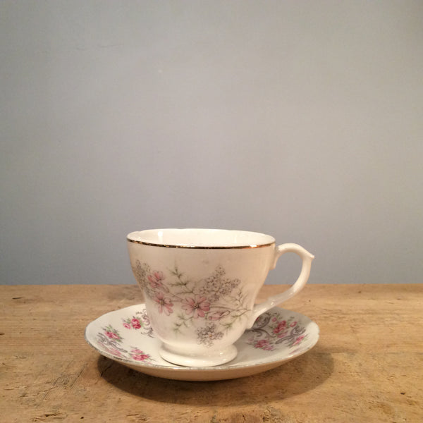 Vintage Tea Cup with Saucer 081