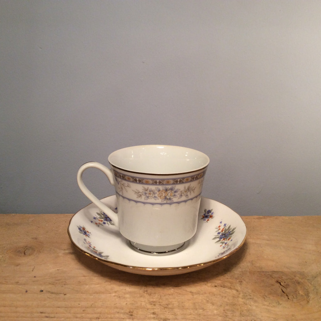 Vintage Tea Cup with Saucer 063